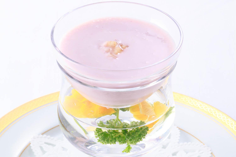 赤桃の冷製クリームスープ ¥1,296